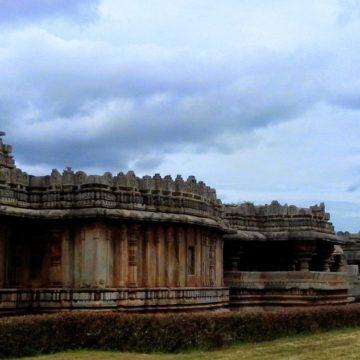 Belavadi – A temple of three moods