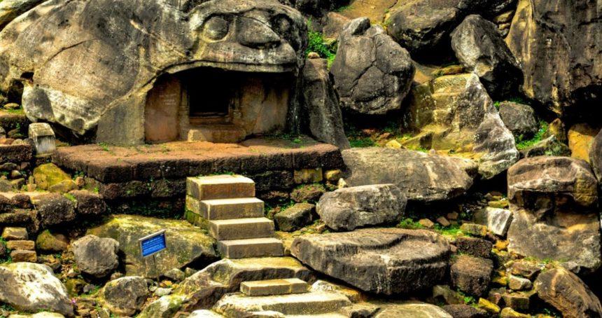 Udayagiri-Khandagiri Caves – Syncretism of Indic religions