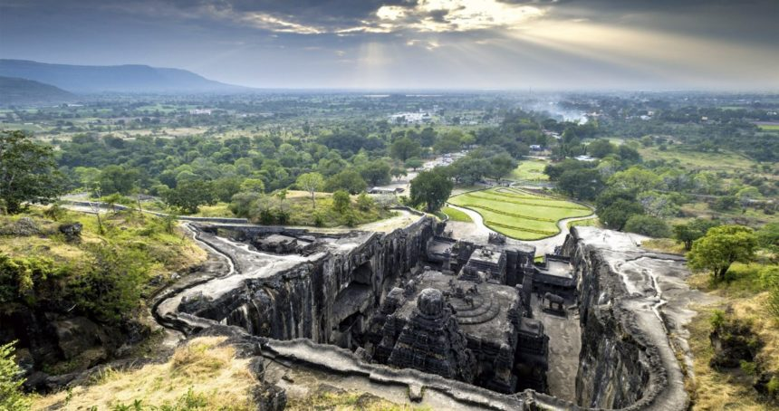 Ajanta and Ellora – Temples as Theme Parks of Learning