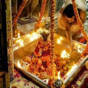 Kashi Vishwanath: A temple that captures the Hindu spirit